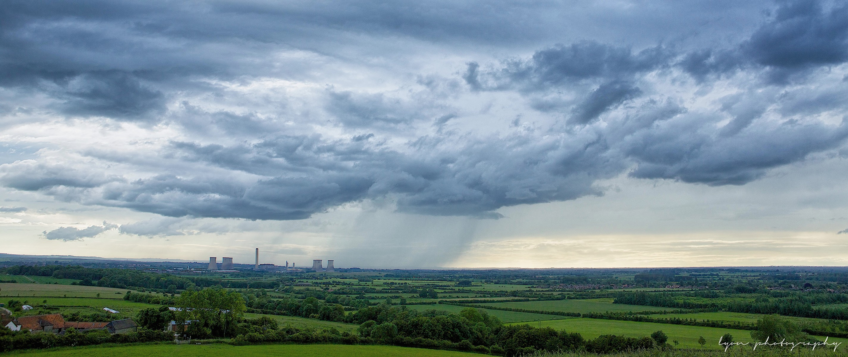 Wittenham Clumps 08-06-14